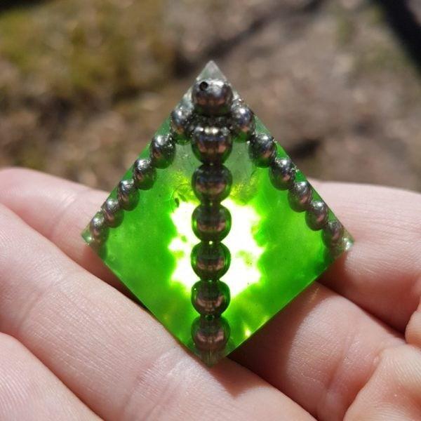 """""""Kryptonite"""" Moonstone Quartz and Steel OrgoneIt Orgonite Pyramid 3cm"""