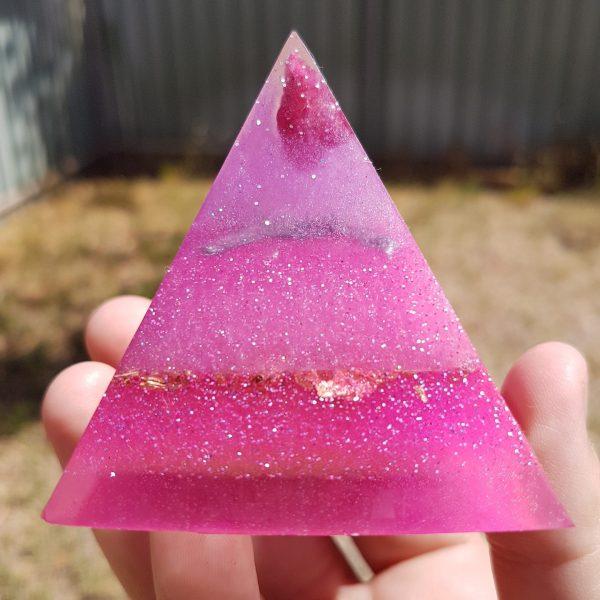Barbie Love OrgoneIt Orgonite Pyramid 6cm 1