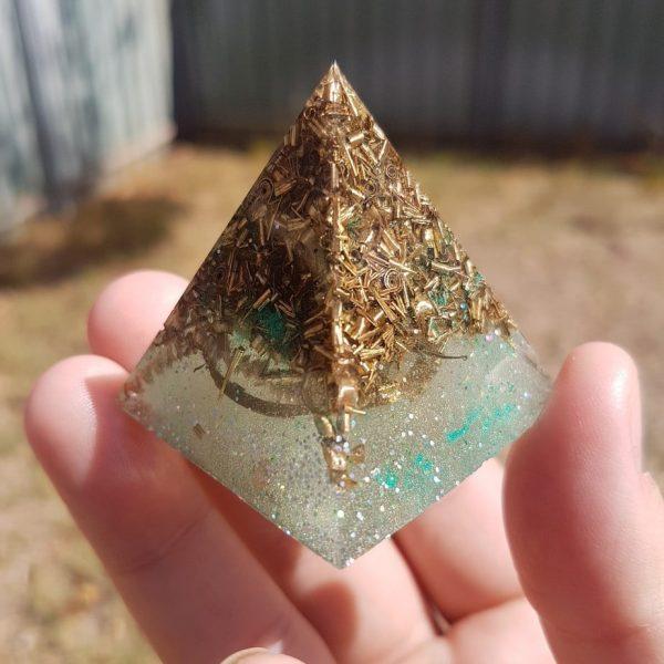 Full Circle Rose Quartz OrgoneIt Orgonite Pyramid 4cm