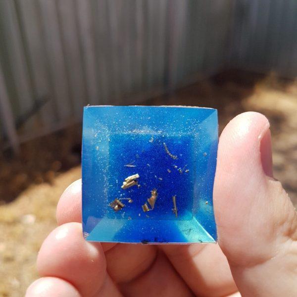 Frozen Orgone Orgonite Pyramid 3cm 2