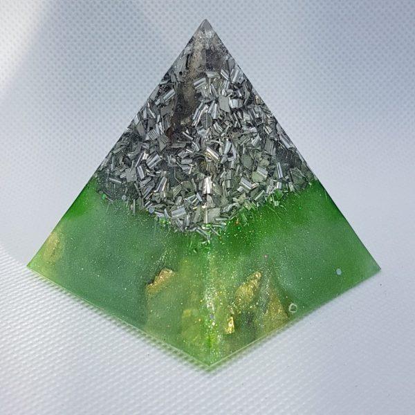 Take a Leap Orgone Orgonite Pyramid 6cm