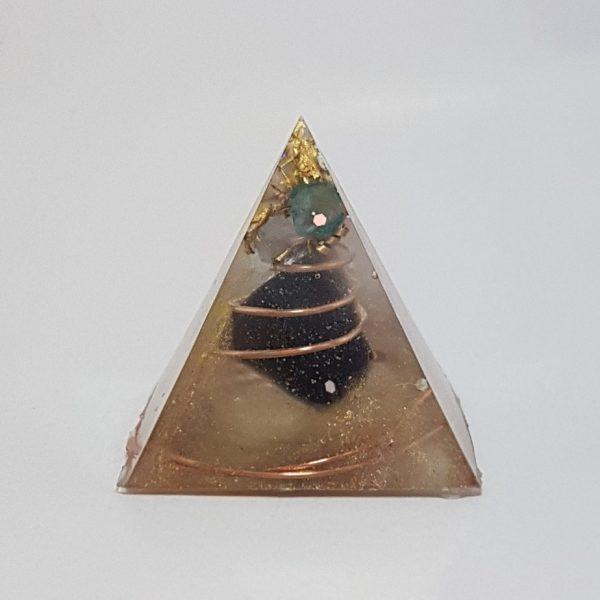 Illusions Orgonite Pyramid 3cm 1