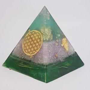 Lavender Spray OrgoneIt Orgonite Pyramid 5cm