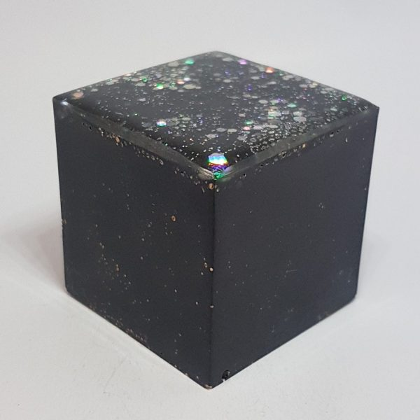 World Cube Tower Buster Orgonite Cube 4cm