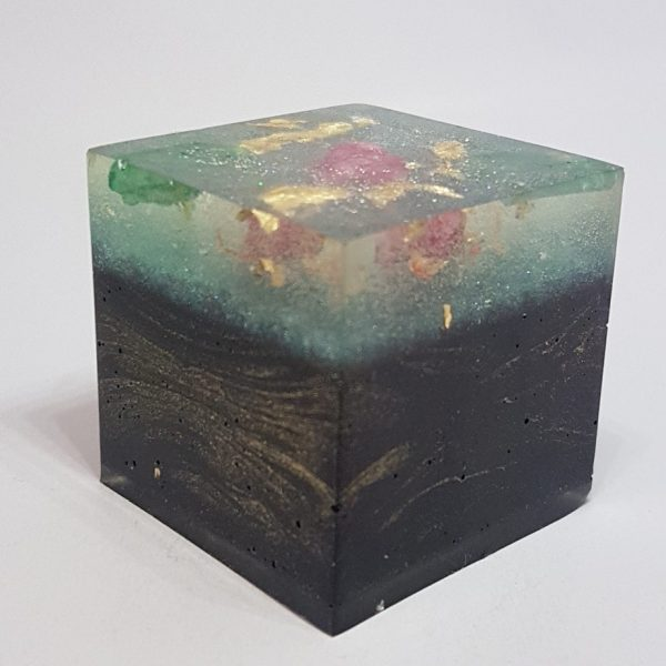 Rose Petal Malachite OrgoneIt Orgonite Cube 4cm