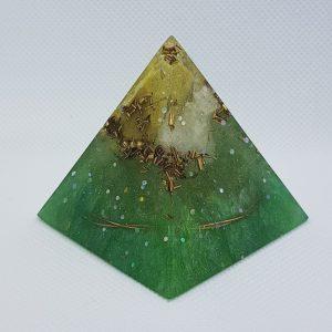 Levitation Orgone Orgonite Pyramid 5cm