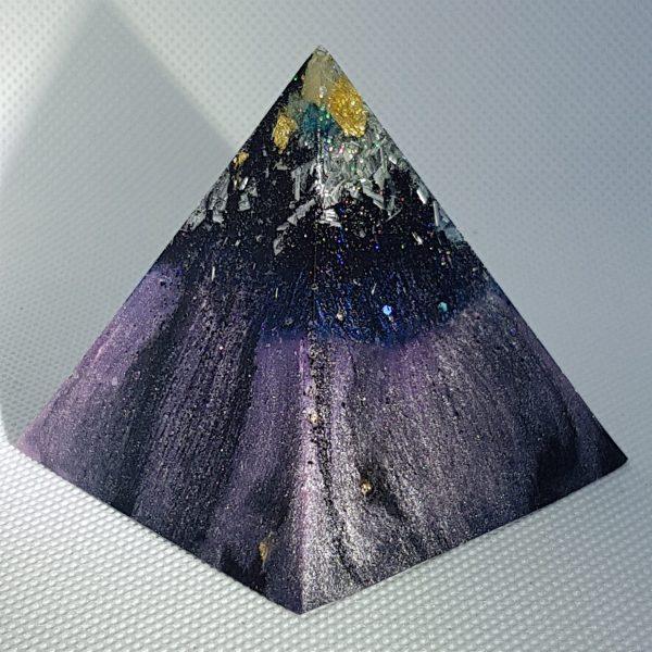 HIgh Powering Orgone Orgonite Pyramid 6cm