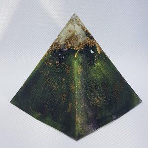 Amazonia Orgone Orgonite Pyramid 6cm