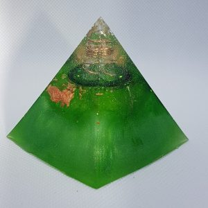 Neptune Rings Orgone Orgonite Pyramid 6cm