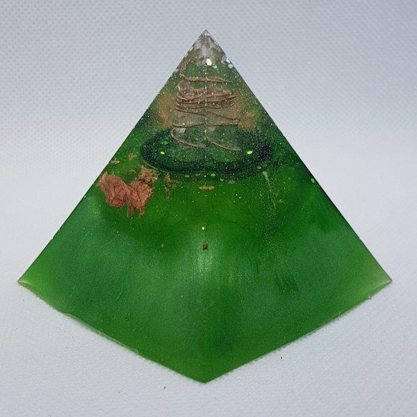 Neptune Rings Orgone Orgonite Pyramid 6cm 1