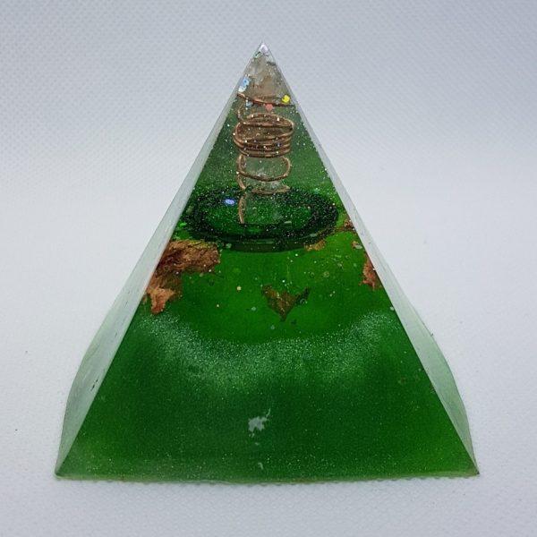Neptune Rings Orgone Orgonite Pyramid 6cm 2