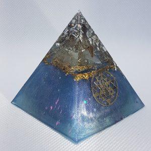 Sky Shadow Orgone Orgonite Pyramid 6cm