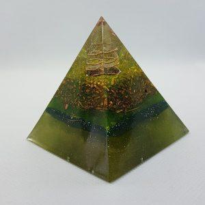 Wild Chaos Orgone Orgonite Pyramid 6cm