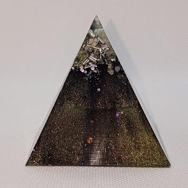 Chrysalis Shungite Orgone Orgonite Pyramid 6cm 1