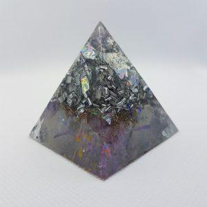 Kanchenjunga Orgone Orgonite Pyramid 5cm