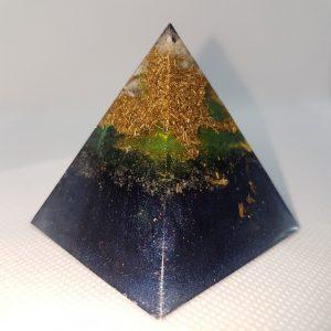 Amargosa Star Orgone Orgonite Pyramid 5cm