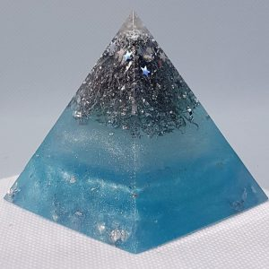 Pearls of Wisdom Orgone Orgonite Pyramid 6cm - Aquamarines, Quartz and Fluorite combined with Herkimer Diamonds, lovingly wrapped in silver and aluminium, Feel as if you are floating free!