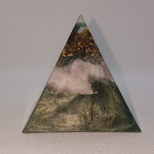 Warm Embrace Orgone Orgonite Pyramid 6cm 1
