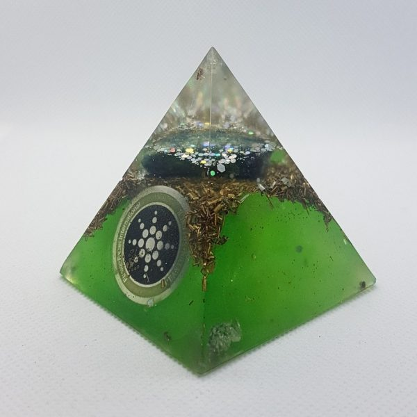 Two Worlds Collide Orgone Orgonite Pyramid 6cm 2