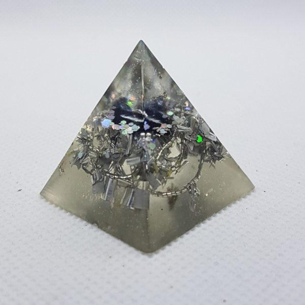 Moonbeam Orgoneit Orgonite Pyramid 3cm - Quartz Point, Silver and Tourmaline. EMF Protection and Scalar Waves. Quartz is the master healing crystal!