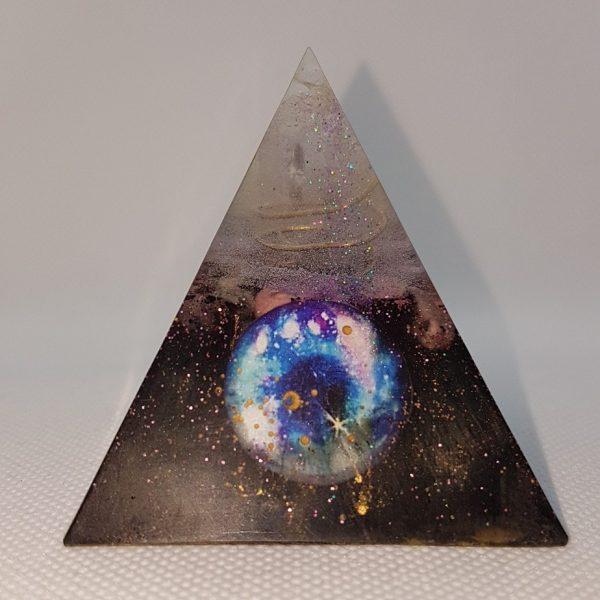 Sanhacat Orgone Orgonite Pyramid 6cm 1
