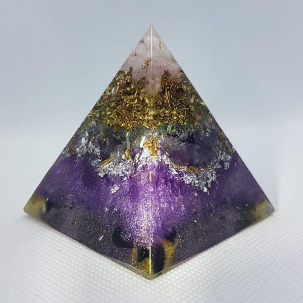Purple Vision Orgone Orgonite Pyramid 6cm