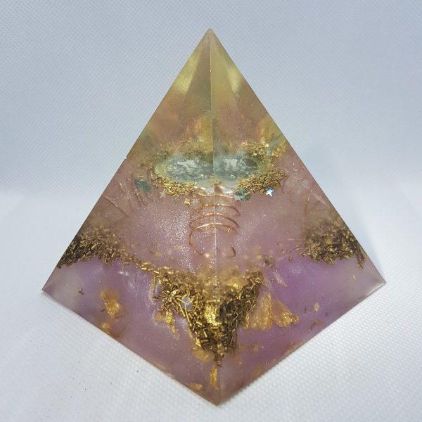Neutron Star II EMF Protection Orgone Orgonite Pyramid 8cm