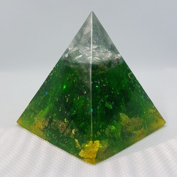 Green Rush Orgone Orgonite Pyramid 6cm - Radiating Green Adventurine surrounded by 24 Carat Gold and silver powder, perfect for beside plants!