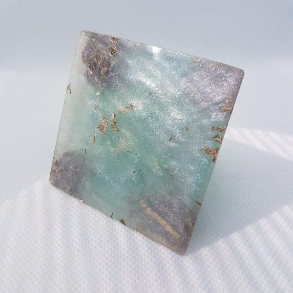 Under the Turquoise Sky Orgone Orgonite Pyramid 6cm 2