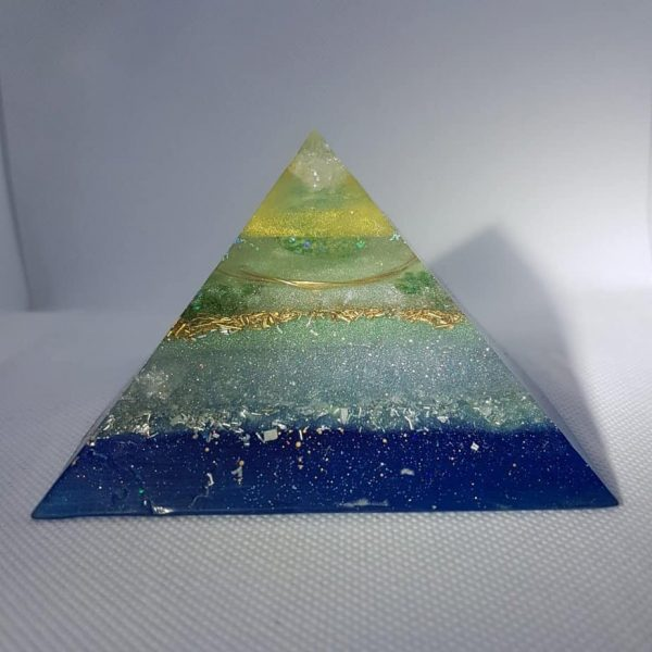 Neptunium Dreams Orgonite Orgone Giza Pyramid 9.5cm 1