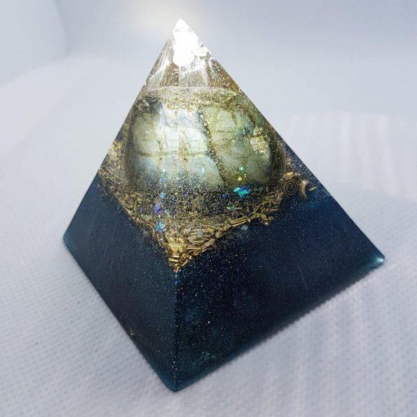 Monolithic Abundance Orgone Orgonite Pyramid 6cm 2