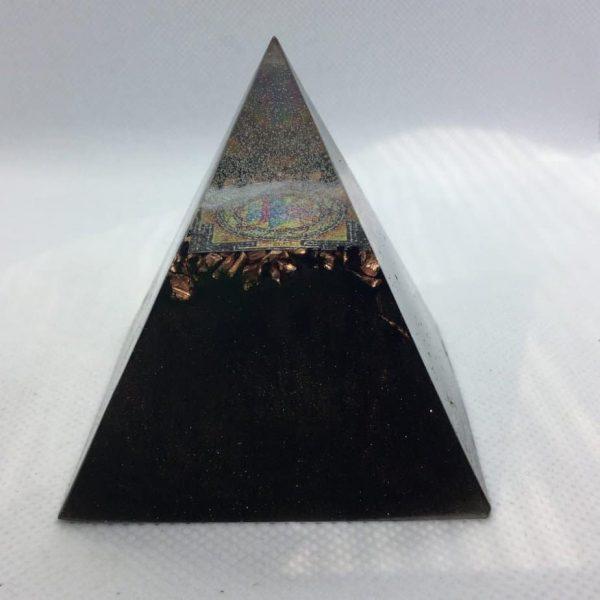 Uprising of the Mind Orgone Orgonite Pyramid 6cm 1