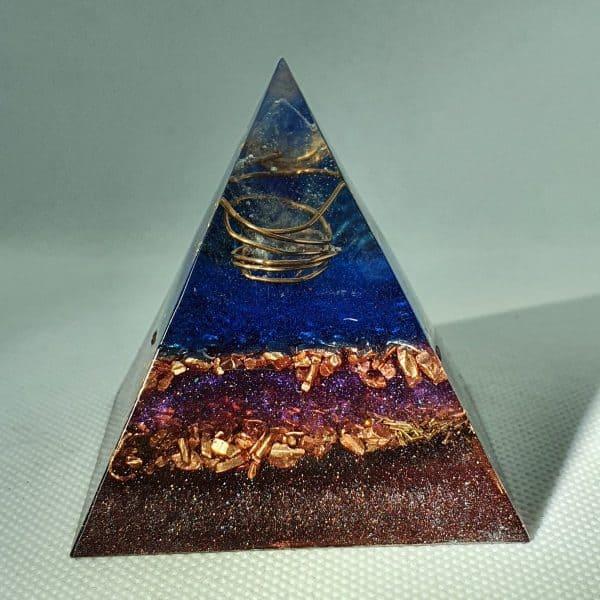 Levels of Illusion Orgone Orgonite Pyramid 6cm 1
