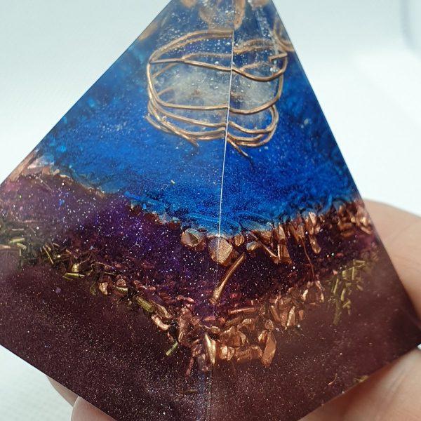 Levels of Illusion Orgone Orgonite Pyramid 6cm 2