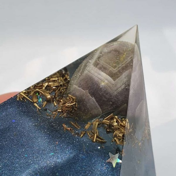 Angel Blue Lace Agate Orgone Orgonite Pyramid 6cm 2