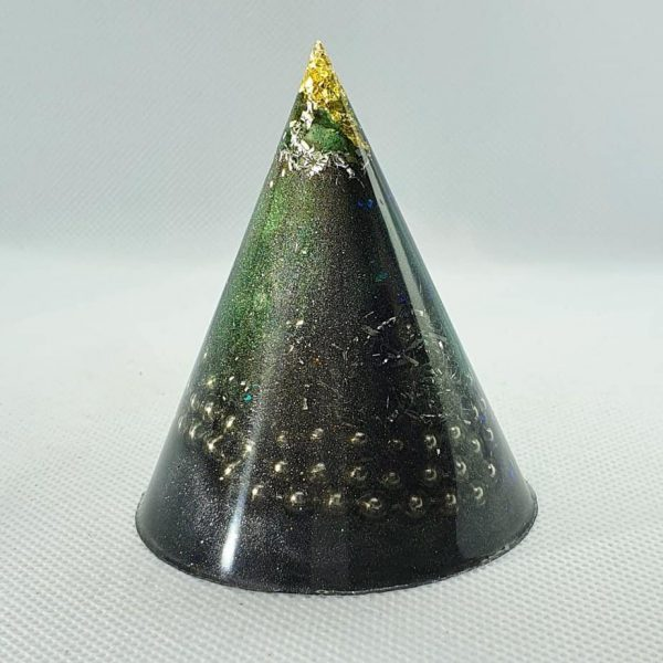 Spacial Reality Orgone Energy Orgonite Cone 6cm - Spacial Reality tipped with gold, then Green Adventurine and Herkimer Diamonds, Black Tourmaline, and silver, aluminium and stainless steel goodness!