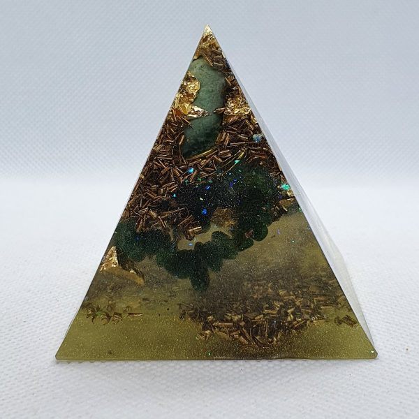 Authority has No Power Orgone Orgonite Pyramid 6cm 2