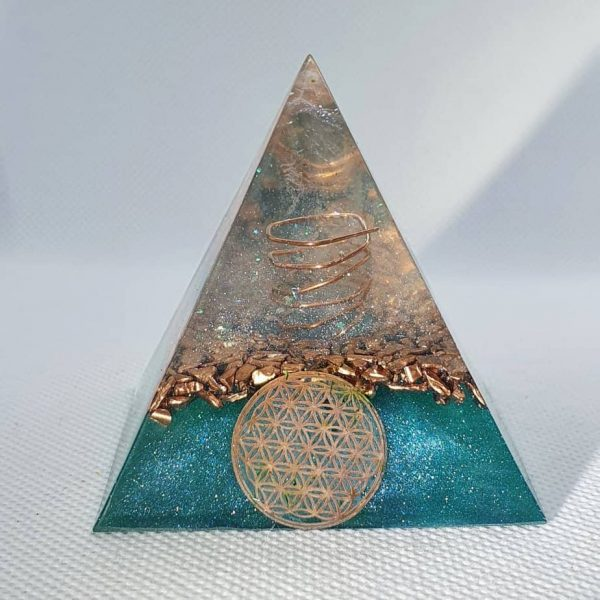 The Lion Sleeps No More Orgone Orgonite Pyramid 6cm 1