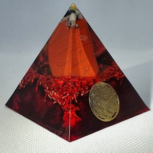 FREEDOM Orgone Orgonite Pyramid 6cm - Moonstone for opening your heart and dreams, gold, and red jasper, herkimer diamonds, copper and sacred geometry awesomeness! Claim your freedom!