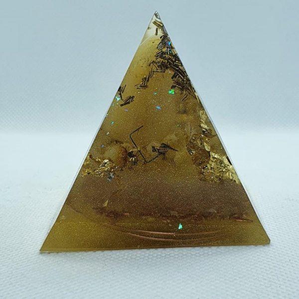 Feeling Alive and Free Orgone Orgonite Pyramid 6cm 1