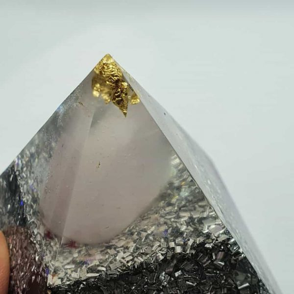 Eye of Clarity Orgone Orgonite Pyramid 6cm 2