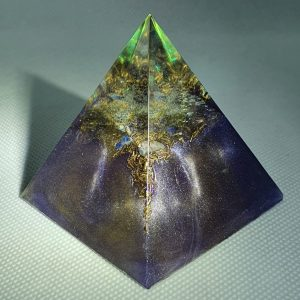 Crystal Clear Mind Orgone Orgonite Pyramid 6cm - Mirror like finish, Moonstone and Clear Quartz, Black Tourmaline Chunk and Brass